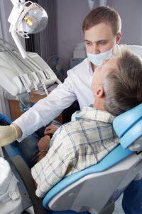 מה שצריך לדעת על השתלות שיניים