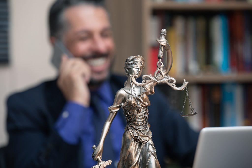 עורך דין לייעוץ משפטי